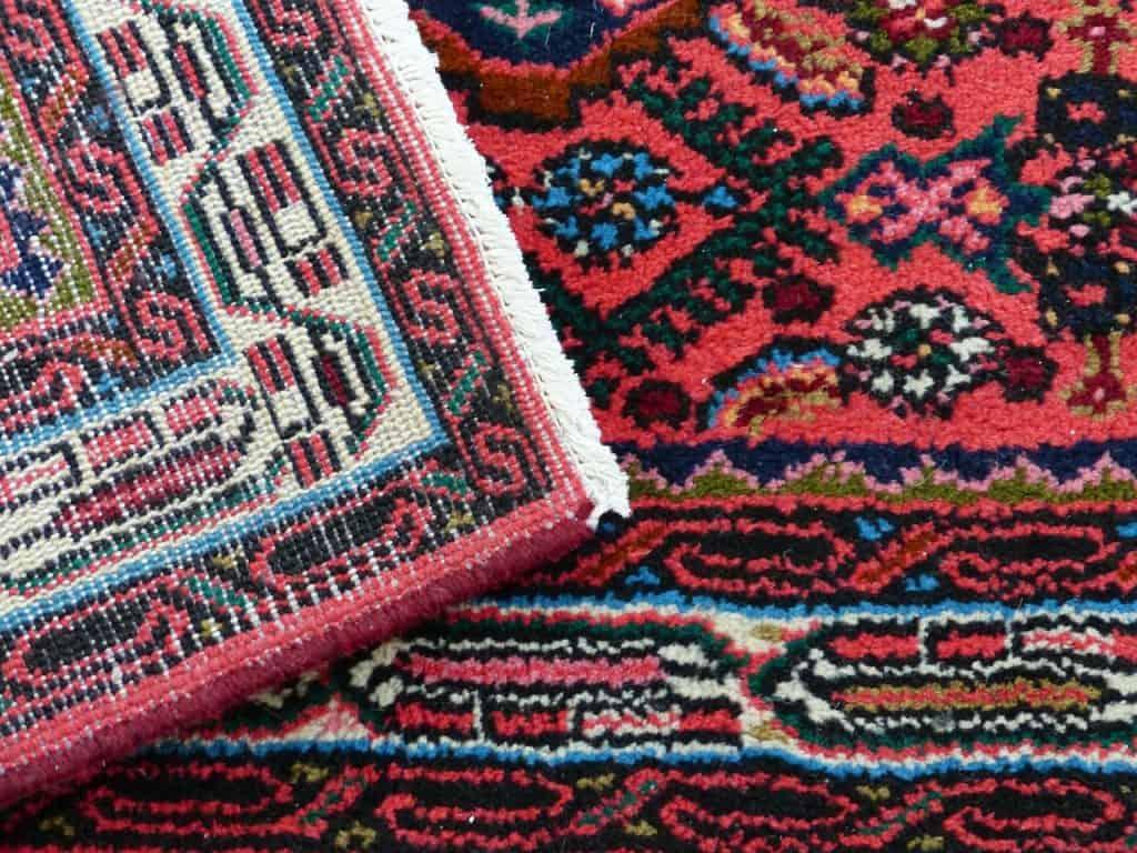 שני שטיחים