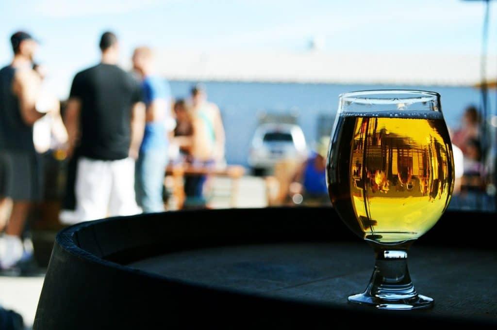 בירה על הים
