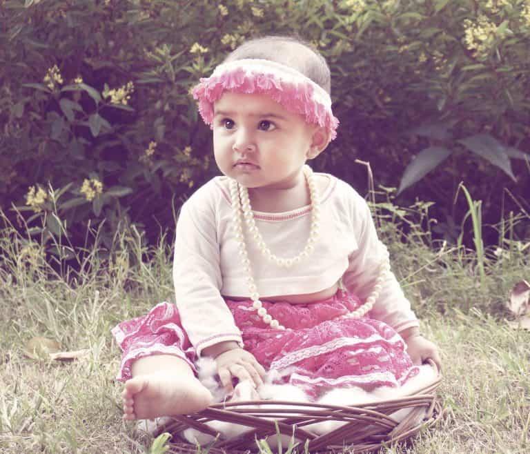 ילדה דוגמנית