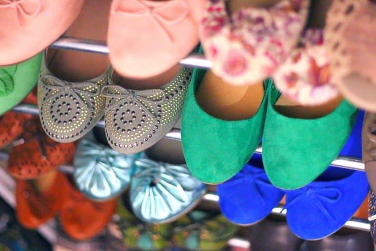 נעלי נשים מסודרות
